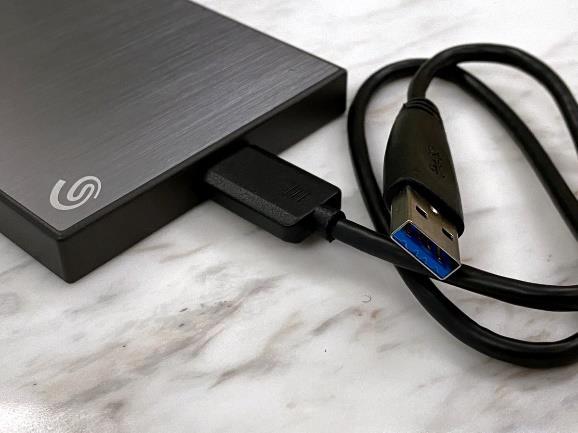 Seagate Backup Plus Slim 2.5吋行動硬碟